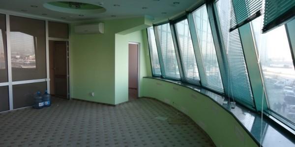 Бизнес центр пр. Бажана, 10-А Фото 2