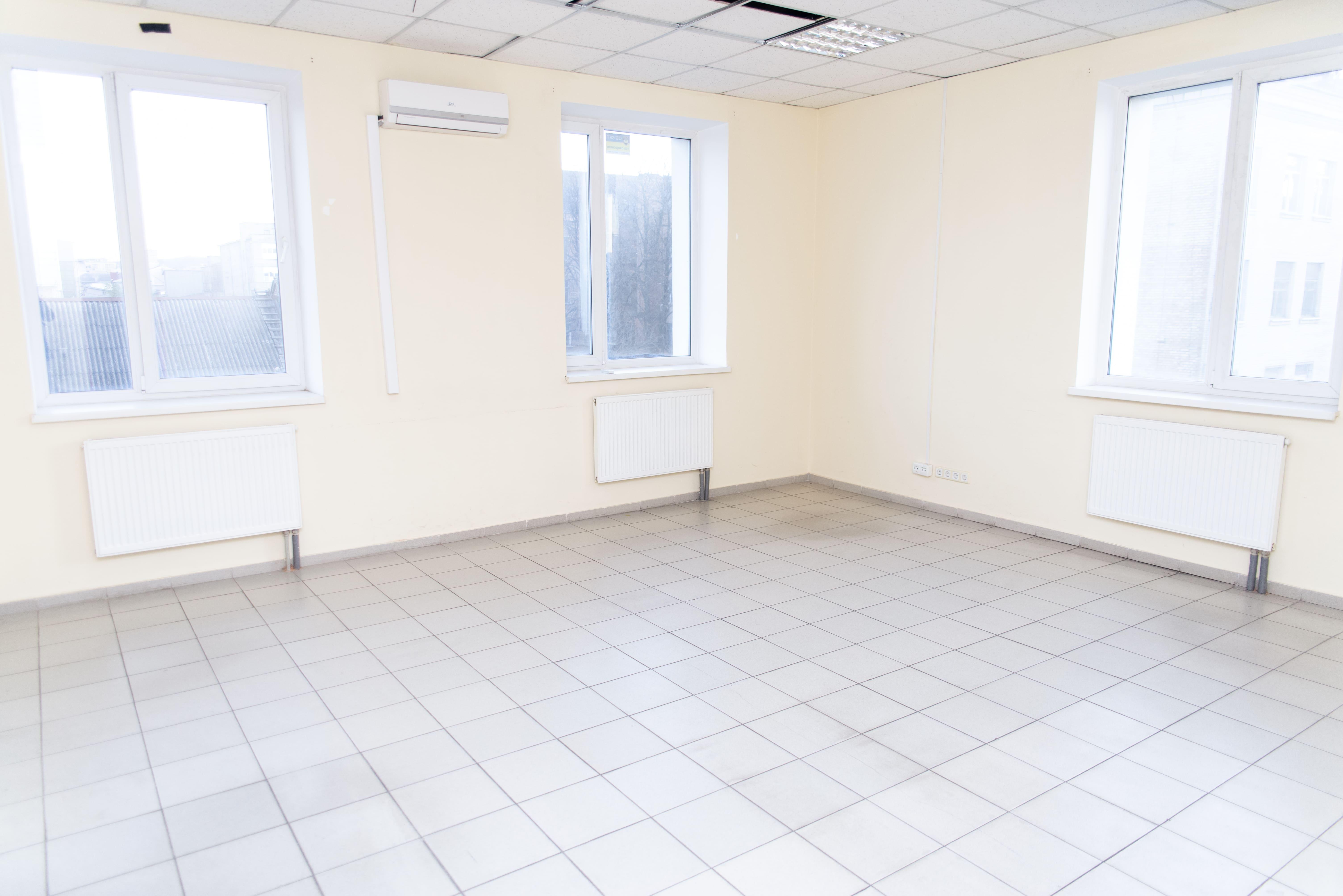 Mezhyhirskyi Business Center Photo 4