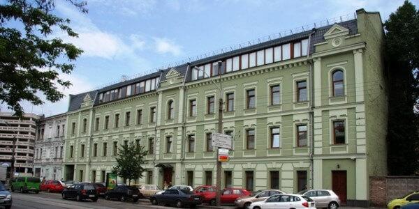 Офисный цент ул. Жилянская, 146